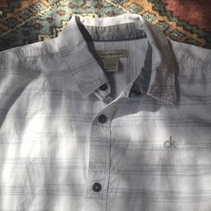 EUC Calvin Klein boys shirt sleeve button down
